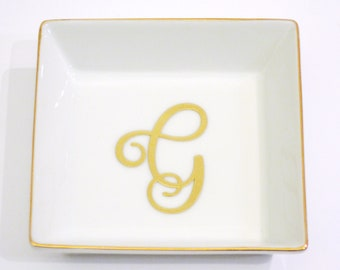 Script Colored Ring Dish- Bridesmaids Gifts = Maid of Honor Gifts - Bridal Party Gifts - Wedding Favors -