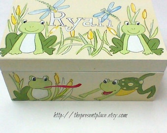 keepsake box,friendly frogs,green,yellow,baby's first box,personalized baby gift,baby's memory box,kids memory boxes,children's keepsake box