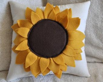 Sunflower Pillow 14x14