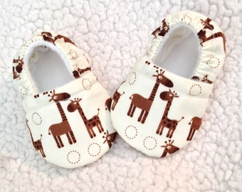 Giraffe Baby Booties (prints may vary), Crib shoes, Giraffe Baby shoes, Giraffe Baby Moccasins,  Baby Gift