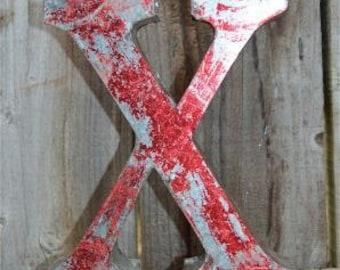 Medium vintage style 3D red letter X