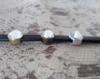 Passing silver, bronze or gold rhinestones for 5 mm leather strap
