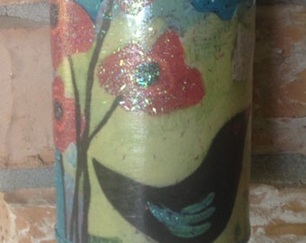 Garden Chime.. Bee and Bird.. UpCycled Tin Can..Chime Lover.. Housewarming  Gift..Garden Decor.. Prim Decor..Patio . Plant Chime..Home Decor