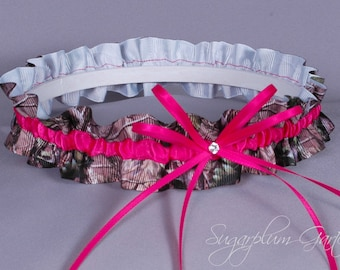 Wedding Garter in Hot Pink and Realtree Camouflage Grosgrain with Swarovski Crystal