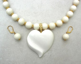 FABULOUS Heart Necklace Set, Exquisitely Carved Detachable Pendant & Beads, Gift of Love, Versatile Statement Necklace Set by SandraDesigns