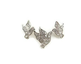 Double Link Silver-tone Rhinestone 3 Flying Doves Pendant