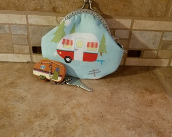 Fabric Coin Purse with Vintage Trailer & Kiss Clasp