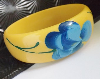 Vintage bakelite Marblette bracelet blue rose on yellow bangle hand painted jewelry