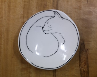 Hand made & animal painted Versatile dish - Soap Dish - Jewelry Dish - Ceramic Dish -Cat Dish
