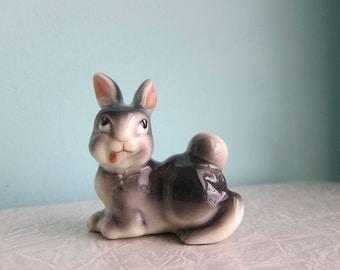 Figurine lapin Vintage, stupide lapin, lapin de Pâques, lapin espiègle kitsch, Foo Foo petit lapin, lapin en céramique des années 1950