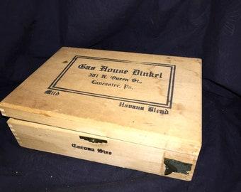 Vintage House Dinkel Wood Cigar Box
