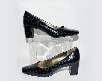 Memorial Day Sale Vintage Liz Claiborne Size 8M Black Patent-Leather Crocodile Pilgrim Pumps 1960s