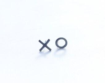 xo earrings in oxidized sterling silver eco friendly argentium