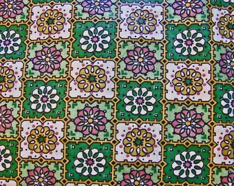 Vintage Fabric 1950s Polished Cotton Fabric 36 inch width Green Pink Floral Fabric Vintage Sewing Fabric 1.5 yards long