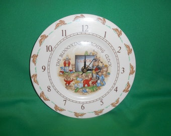 One (1), Royal Doulton, Bunnykins, Teaching Clock Plate. Classroom #1 Pattern.
