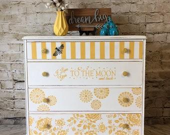 Vintage dresser/ changing table