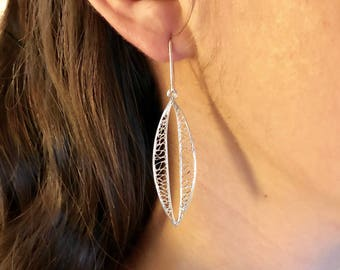 Art Deco Earrings Silver Weave Filigree Earrings with a Narrow Oval Inner Frame of Openness Silver Oval Earrings Sterling Art Deco 224 K14