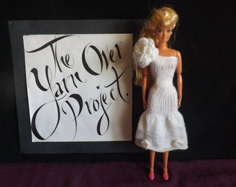 """PATTERN - Knitted Barbie Clothes - Barbie Knitting Patterns - Pattern for Wedding Dress ft. Flowers for 11.5"""" Barbie Doll"""