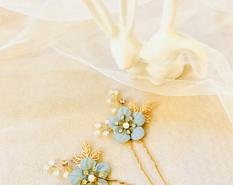 Blue Bridal Hair Pins for the something blue at the wedding/ Wedding Accessories/ Bride Pins/Hair Pins/ Wedding Accessories