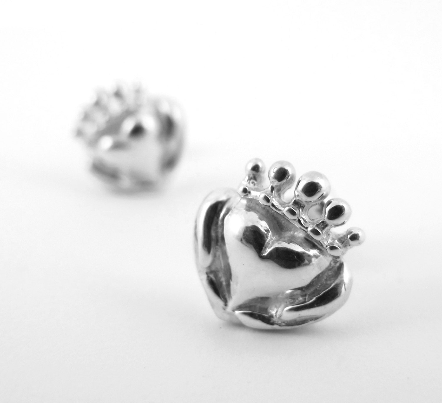 asp signet claddagh stud earrings zodiac products round and religious rings silver jewellery