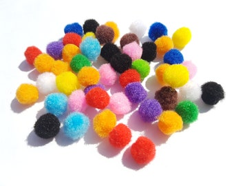 12mm Pompoms, Pompoms, Wool pompoms, Craft pompoms, Coloured pompoms, Round pompoms, Pompom balls