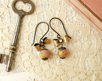 Vintage rose earrings / upcycled rose earrings / vintage beads / rose beads / upcycled vintage earrings / shabby jewelry / yellow rose