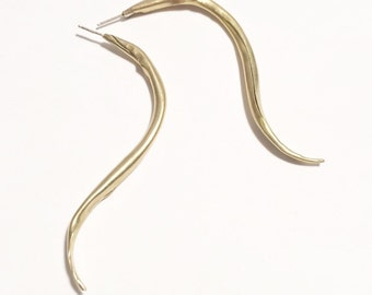 S-Curve Spiculum Earrings