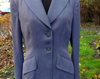 Take 15% off // RARE Vintage 1940s women's fitted blazer jacket
