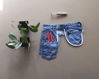 garden belt apron, fannypack, blue denim apron, hip bag, gift for her, denim utility belt, hippie festival hip pockets belt, jeans fannypack