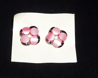Vintage Pink Thermoset Plastic Earrings Clip ons Molded Plastic 1960's