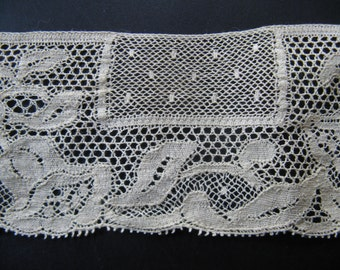 Beautiful antique French side! High ca. 5 cm, length 1 meter...ca. 1925!