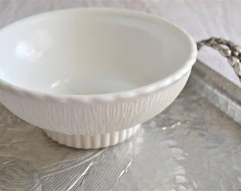MILKGLASS CANDY BOWL Small Milk Glass Serving Bowl