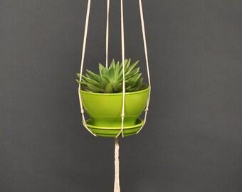 Macrame plant hanger / Plant holder / Minimalist macrame / hanging planter / Planter / Plant hanger/ Pot holder / Bohemian decor / Gift mom