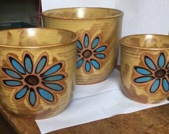 Vintage Ceramic Nesting Planter 3 pots mod floral mid century Japan blue flower