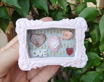 Romantic shabby pink cofee table, dollhouse, miniature