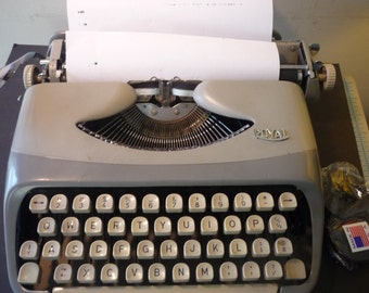 Royalite Portable Typewriter Restored - Works Great 1959 Manual - gift for writers - fresh ribbon ready to go two tone beauty