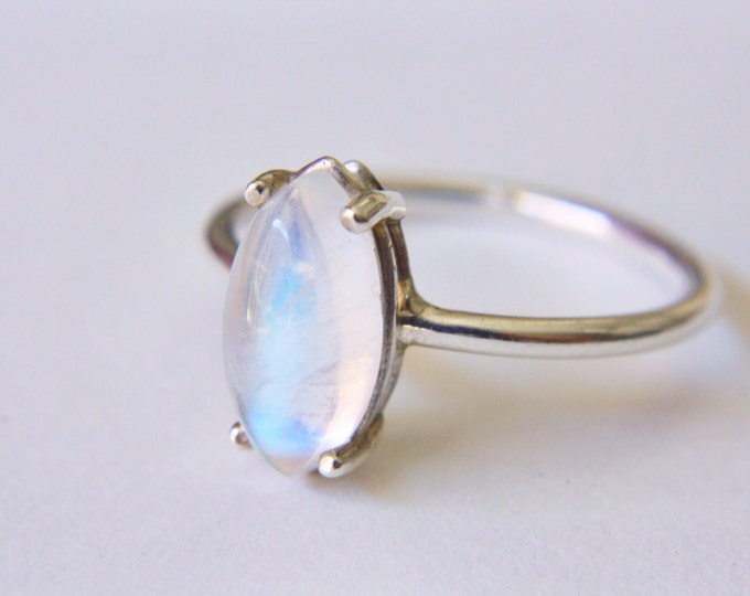 Marquise Moonstone Ring in Sterling Silver - silver moonstone ring - sterling silver moonstone ring - simple moonstone ring - moonstone ring