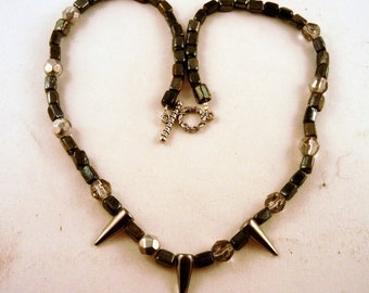 Pearl shell Necklace Hand made Glass and czech glass