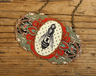 Victorian Bee Necklace - Bee Necklace - Bee Jewelry - Insects - Shrink Plastic - Victorian Jewelry - Polka Dots - Bee - Bumble Bee - Animal
