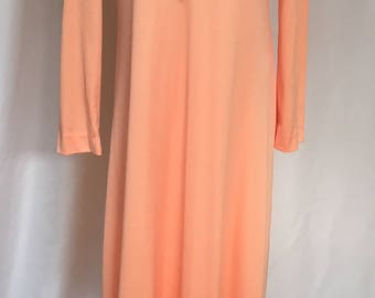 Jerry Marsch Peach  Polyester Long Sleeve Maxi Dress  Beaded V Neck Lined Size Medium