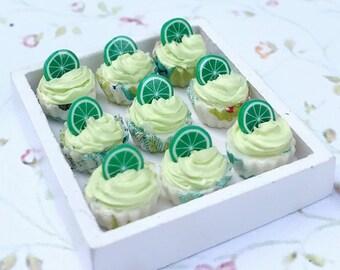 Miniature Cupcake 10 pcs.,Miniature Cake,Miniature Bakery,Miniature Sweet,Dolls house cake,Dolls and miniature,miniature jewelry