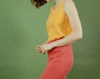 Vintage salmon colored cotton skirt / Ribbed knee length skirt / Simple cotton pencil skirt / Small 90s slim pink skirt