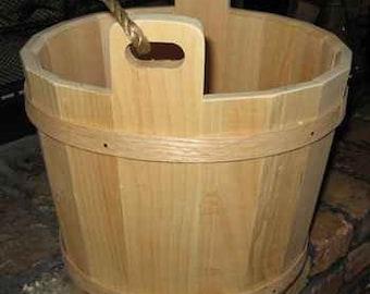 Decorative pine bucket - Large