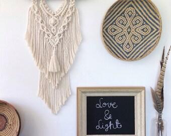 Macrame Wall Hanging / Modern Macrame / Wall Art / Boho Wall Hanging / Wedding Decor / Macrame Tapestry / Bohemian Nursery Decor