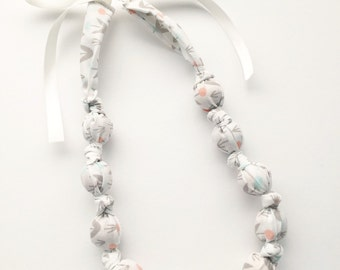 Organic White Dotted Blooms Fabric Teething Nursing Necklace by Wee Kings