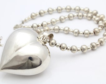 """Huge Heart Pendant on 18"""" Sterling Silver Bead Necklace By Carolyn Pollack. [10739]"""