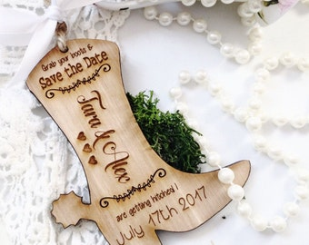 Save the date, Country wedding, Cowboy, Western wedding, Save the date magnet, Wooden save the date invites, Magnet save the date.