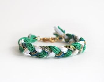 Emerald green bracelet, braid bracelet with chain, friendship bracelet, green boho bracelet