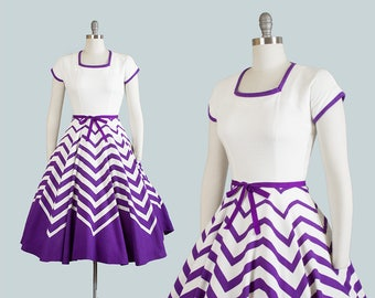 Vintage 1950s Dress | 50s JONATHAN LOGAN Graduated Chevron Striped Cotton Purple White Circle Skirt Ombré Day Dress (small)