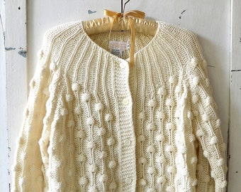 vintage Sakowitz cream/off white knitted wool cardigan shabby chic buttoned cardigan sweater
